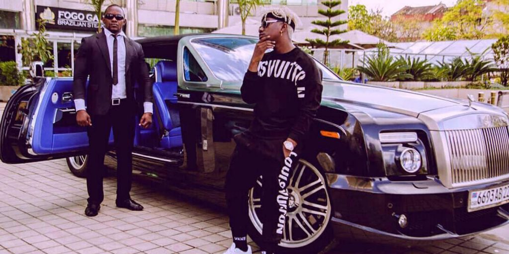Rayvanny's Rolls Royce car SRC: @Facebook