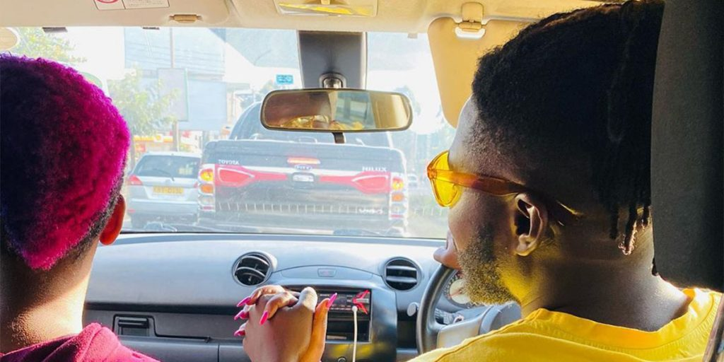 Femi with her ex-lover in a car SRC: @Doberre